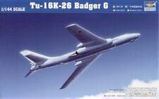 Trumpeter 1/144 TUPOLEV Tu-16K-26 Badger G # 03907