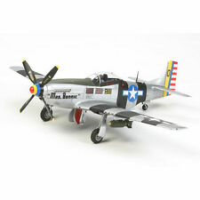 Tamiya 60323 1/32 Scale Model Kit North American P-51d/k Mustang Pacific Theater
