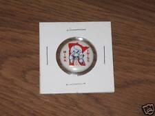 Original 1970's TWINS Team Logo Tin Litho Baseball pin # 24