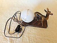 Ancienne lampe de chevet-biche/faon-art déco-veilleuse boule blanche-verre doré
