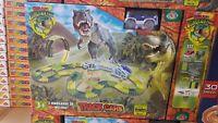 Giocattolo track cars isola di dinosaur park pista con dinosauri inclusi toy