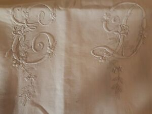ancien drap lin XIX ème ,très grand monogramme XIX ème