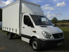 Curtain Side Manual Commercial Vans & Pickups