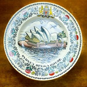 """Commemorative 1973 Sydney Opera House 10"""" Plate Hand Painted Limited Edition"""
