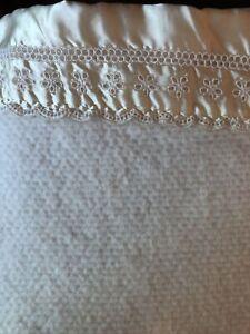 """Vtg Ivory FULL Acrylic Waffle Weave Blanket Satin Trim 80"""" x 88"""" Eyelet Edge"""