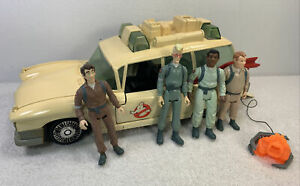 Vintage The Real Ghostbusters ECTO-1 Ambulance 1984 w 4 figures + Ghost
