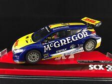 A10151X300 SCX RENAULT MEGANE TROPHY #21  McGREGOR DHL VERSCHUUR SLOT CAR 1:32