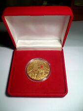 24K Oro Acabado 2014 D Día Uno Corona Moneda De Color Nuevo en Caja Rojo Universal