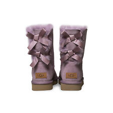 UGG BAILEY BOW II ELDERBERRY SUEDE SHEEPSKIN WINTER SHORT BOOTS SIZE US 7 NEW