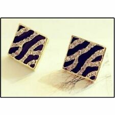Black and White Stud Earrings Tiger style