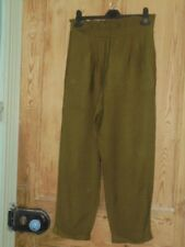Green Ruffle Waist Tapered Leg Cropped Trousers - Size 8-10