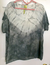 Batik Top by Green Dragon NWOT Sz L