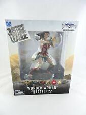 "Justice League WONDER WOMAN ""Bracelets"" Gallery Diorama DC Comics PVC statue NIP"