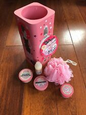 Soap And Glory Girl O Whirl Set Substituted Hand Cream With Righteous Butter