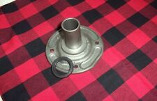 SAGINAW 3 & 4 SPEED TRUCK BEARING RETAINER W / SEAL  WT301-6A NICE USED