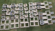 Prises Niko PR20 face crème lot : 16 prises et 5 interrupteurs, pour rénovation