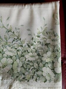 Vintage Oval Floral Tablecloth 72 inches length x 52 inches width