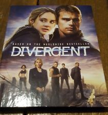 Divergent Blu-ray DVD Movie Two Disc Set Book