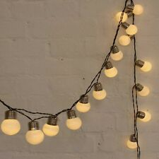 White POP Lights outdoor - LED light chain - battery operated plus timer