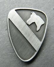 US ARMY 1ST CAVALRY DIVISION LAPEL PIN BADGE PEWTER 1 INCH