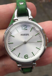 LADIES FOSSIL ES-3298 LEATHER STRAP WATCH FULLY RUNNING  NICE  CONDITION.