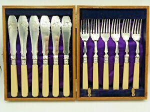 Vintage Boxed Set Of 6 X Fish Knives & Forks Silver Plated James Deakin & Sons