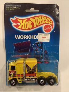 HOT WHEELS 1986 WORKHORSES THUNDER ROLLER ON CARD 3924