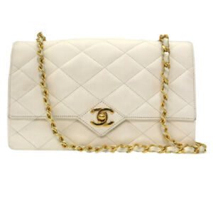 Auth CHANEL Quilted Matelasse Flap Chain Shoulder Bag White Gold U2303LL5