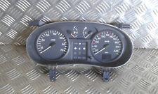 Compteur de vitesse RENAULT Clio II (2) 1.2 essence - Réf : 8200261119