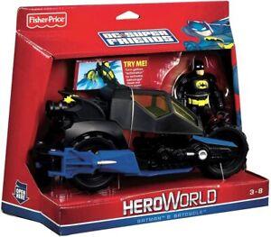BATMAN Action Figure & BATCYCLE & DVD Set DC Super Friends Hero World 2010