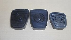 Triumph STAG ** Set of 3 PEDAL RUBBER  ** Brake, Clutch and Throttle-manual cars