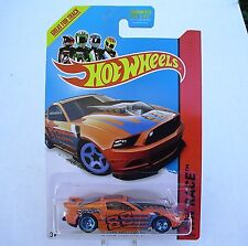 2014 Hot Wheels 161/250. ORANGE '13 Ford Mustang GT. Track Aces. New in Package!