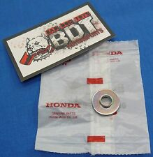 HONDA TRX 250R TRX250R OEM FRONT FENDER FIXING METAL (LOWER) NEW BDT MOTORSPORTS