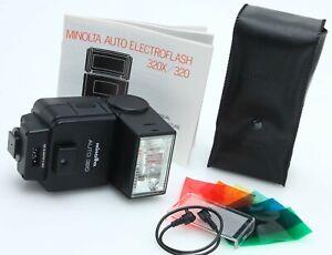 Minolta Auto 320 Electronic Shoe Mount Camera Flash Unit w/ PCcord tested 390161