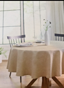 "Round Tablecloth 70"" in dia 100% Linen - Threshold"