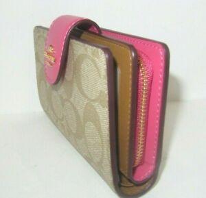 Coach Signature Medium Corner Zip Wallet Light Khaki & Confetti Pink C0082 NWT