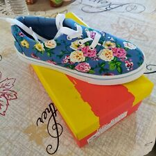 Girls Size 2 Jelly Beans Blue Floral Sneakers