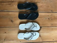 Havaiana Flip Flop Sandals white and silver Size 3 worn once