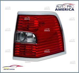 NEW OEM FORD 2007-2014 Lincoln Navigator PASSENGER side Tail Lamp 8L7Z13404A