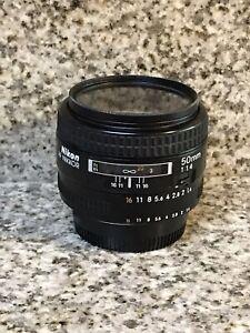 Nikon AF NIKKOR 50mm f/1.4 Lens Vintage LF-1 Cap RARE NICE WORKS GREAT