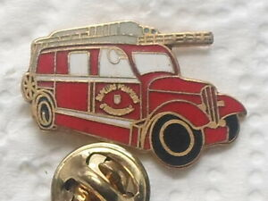 pin's Ancien Camion SAPEURS-POMPIERS - (# B1)