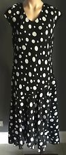 Gorgeous 40's inspired LEESA FASHIONS Black & White Polka Dot Dress Size 14