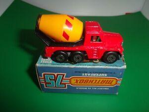 Vintage Matchbox 75 Superfast - New 19 - Red Cement Truck + Original Box