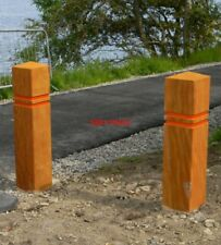 PHOTO  START OF CYCLE TRACK AT NORTH DALLENS WOODEN POSTS MARK THE START OF A 0.