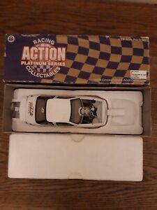 Action Platinum Series 1:24 diecast Mike Edwards 1998 Oldsmobile Pro Stock