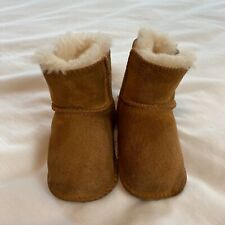 UGG Baby Erin Bootie Shearling Boots Size Small  6 9 12 Months
