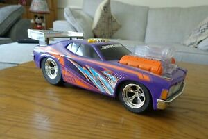 Fast Lane Jump Starters Shaking Muscle Car -  great for kids sound and lights
