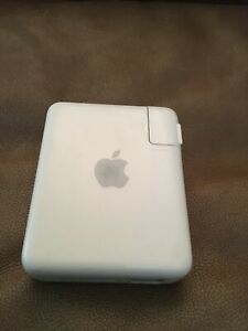 Apple AirPort Express Wi-Fi Base Station Model A1084