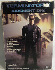 TERMINATOR 2 : T-800 1/4 SCALE MODEL KIT MADE BY ARGO NAUTS IN 1991