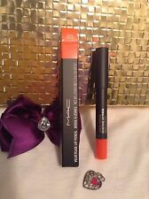 MAC VELVET TEASE LIP PENCIL TEMPER TANTRUM 1.5g/.05 US OZ NIB